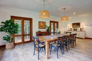 Leaning Oak – Dining