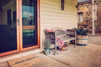 Leaning Oak – Welcome